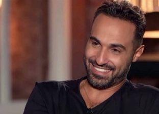 أحمد فهمي يسخر على تويتر من فيسبوك بمشهد في فيلم «سمير وشهير وبهير»