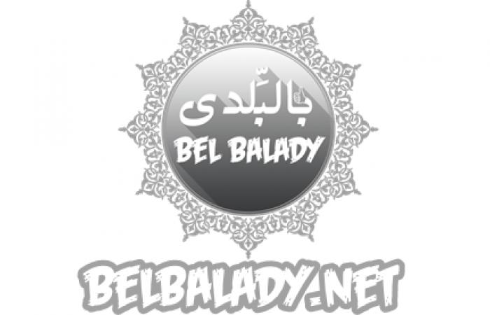 belbalady : قرر يعيش فى جلباب أبيه.. مصطفى طالب بكلية الزراعة ويصنع سجاد على النول